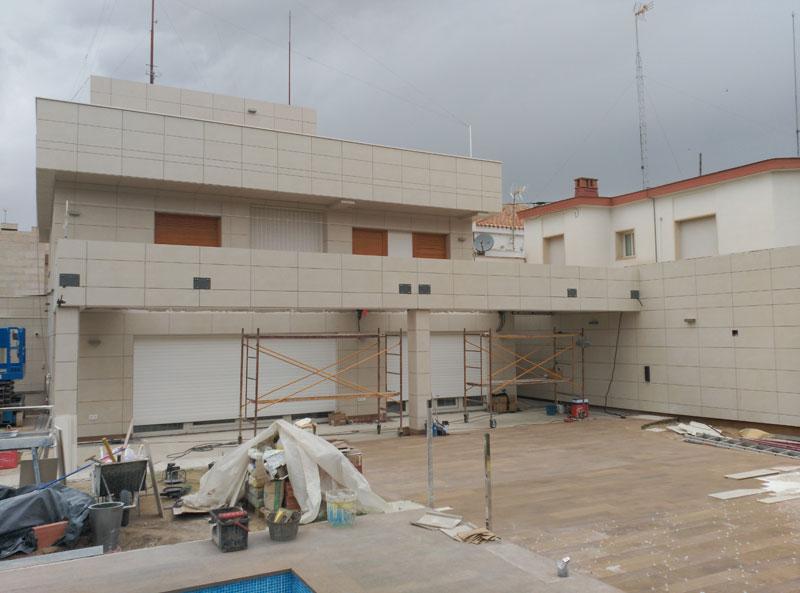 Renovación de fachada en chalet